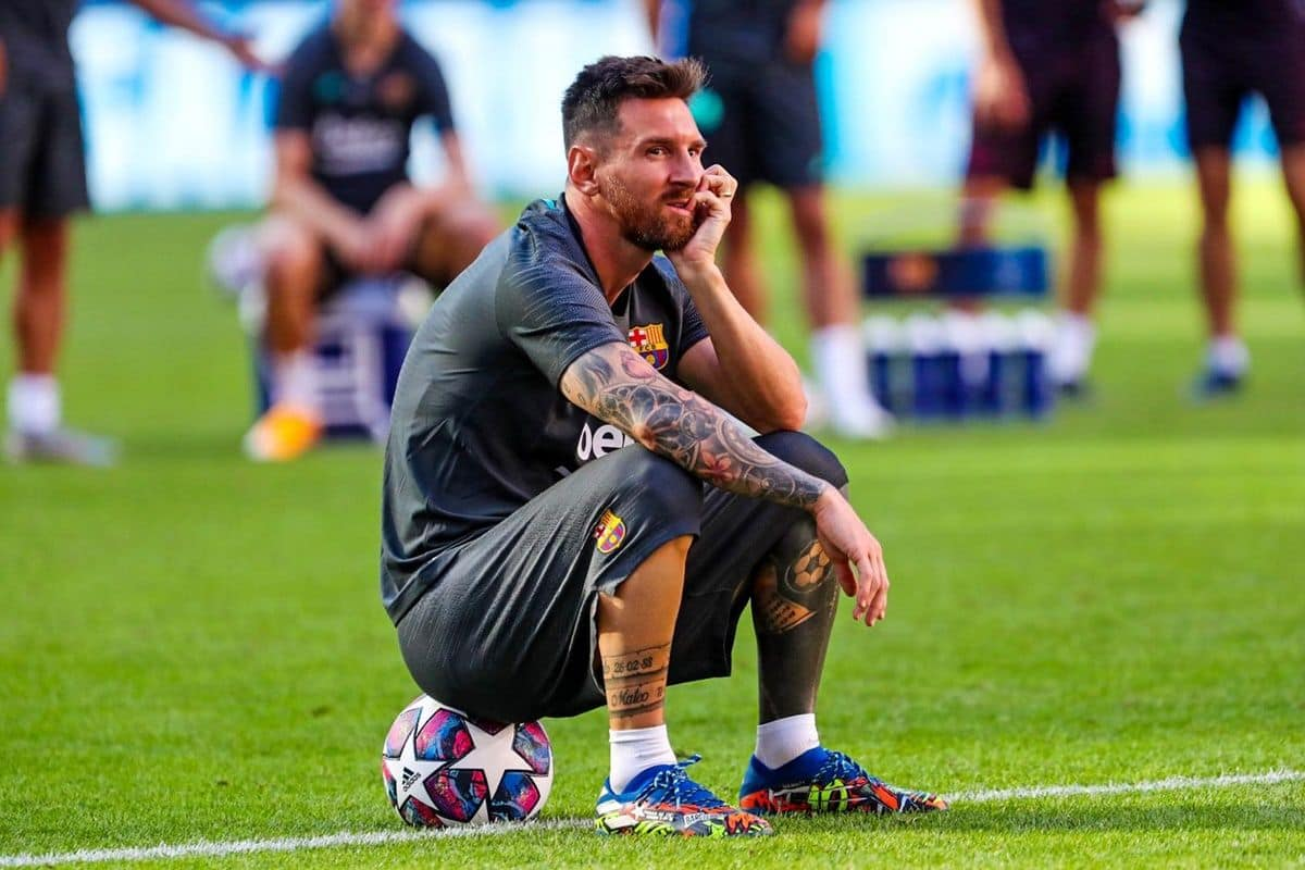 Champions League Rio Ferdinand Feels Lionel Messi Should Quit Barcelona After Humiliating Loss Against Bayern Munich