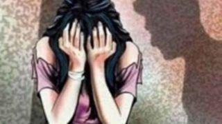 पिता अपने दोस्त संग मिलकर कर रहा था 2 साल से बलात्कार, नाबालिग लड़की ने दिया बच्चे को जन्म