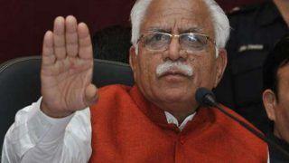Protesting Farmers Vandalise Haryana CM's Kisan Mahapanchayat Venue; Khattar Says Agitation Must End Here