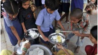 New Education Policy 2020: स्कूली बच्चों को मध्याह्न भोजन के साथ अब मिलेगा नाश्ता, इस नीति में किया गया है शामिल