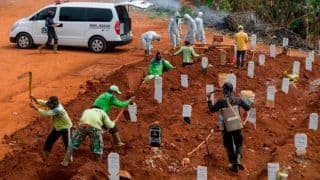 People Not Wearing Masks in Indonesia's Java Made to Dig Graves For COVID-19 Victims As Punishment