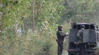 Jammu And Kashmir: Encounter Underway Between Security Forces And Militants in Pulwama, 2 Soldiers Injured