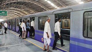 Delhi Metro Update: मेट्रों में लोगों ने किया नियमों का उल्लंघन, DMRC ने हजारों लोगों का काटा चालान