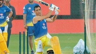 IPL 2020 in UAE: MS Dhoni Hits Huge Six Out of The Ground, CSK Opener Murali Vijay in Awe | WATCH