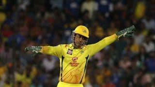 MI vs CSK: MS Dhoni Getting a DRS Wrong in Coronavirus-Hit 2020 is 'Understandable' | POSTS