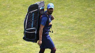 India vs Australia 2020: KL Rahul Perfects His Pull Shot With Tennis Ball Training, Ravichandran Ashwin Uses Innovative Throwdown Technique | WATCH VIDEO