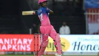 RR vs KXIP IPL 2020: Shane Warne Heaps Praise on Sanju Samson, Calls Rajasthan Royals Wicketkeeper an Absolute Champion