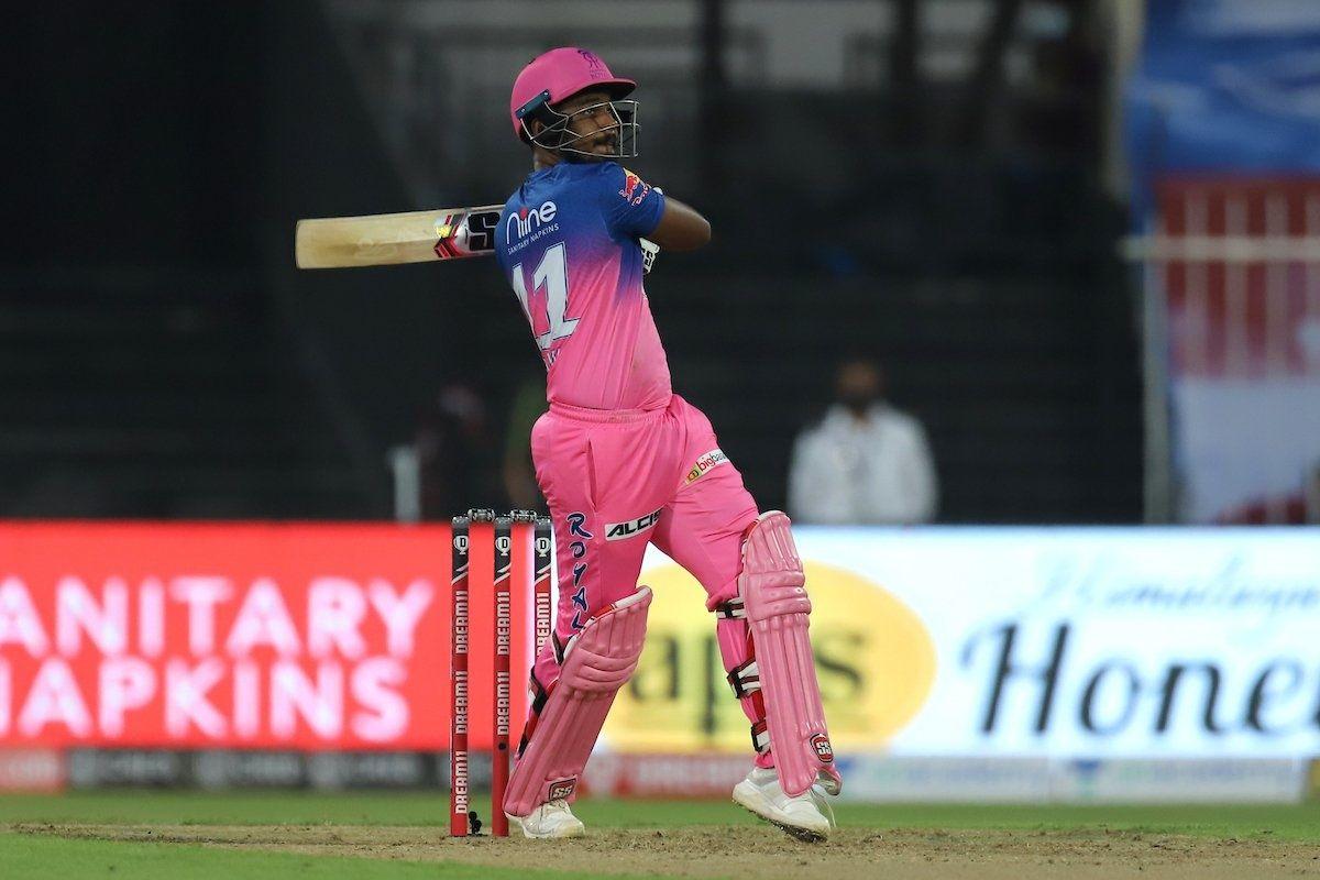 RR vs KXIP IPL 2020: Shane Warne Heaps Praise on Sanju Samson, Calls Rajasthan Royals Wicketkeeper an Absolute Champion | India.com cricket news
