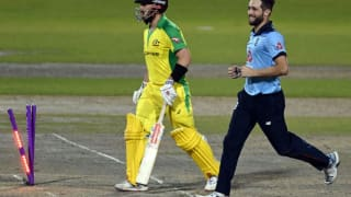 Eng vs aus 2nd odi chris woakes jofra archer help england beat australia to level the series 4140481