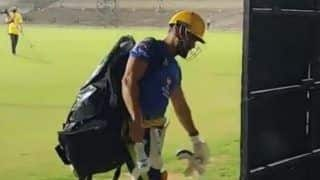 IPL 2020 : पेसर दीपक चाहर और रुतुराज को छोड़ CSK के खिलाड़ियों ने नेट्स में जमकर बहाया पसीना