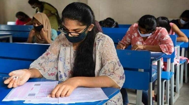 JEE Advanced 2020: With COVID-19 Protocols, Nearly 1.6 Lakh Students Appear For Admission to IITs