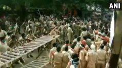 Video: Jharkhand में पुलिसकर्मियों और पुलिस-सहायक के बीच झड़प, लाठीचार्ज किया, आंसू गैस छोड़ी