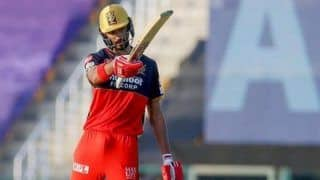IPL 2020: Devdutt Padikkal Follows in The Footsteps of RCB Star AB de Villiers, Take The Break The Beard Challenge