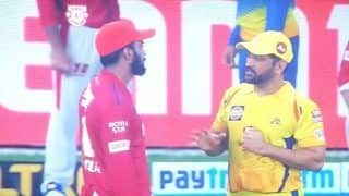 IPL 2020, KXIP vs CSK: MS Dhoni Passing Tips to KL Rahul After Win is Priceless | WATCH VIDEO