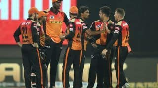 RCB vs SRH 2020, IPL Match Today Report: Jason Holder, Sandeep Sharma Star as Sunrisers Hyderabad Beat Royal Challengers Bangalore by 5 Wickets to Keep Playoff Hopes Alive