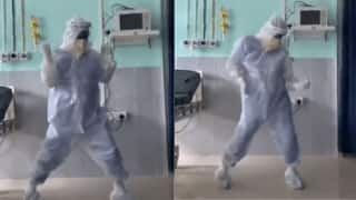 Assam Doctor in PPE Kit Dances to 'Ghungroo' to Cheer up COVID-19 Patients, Video Goes Viral | Watch