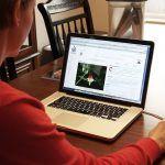 Vastu Tips: घर और ऑफिस में इस दिशा में रखें कंप्यूटर, जीवन में मिलेगी अपार सफलता