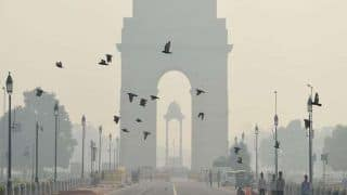 Delhi's Air Quality 'Very Poor', Likely to Improve Significantly in Next Two Days