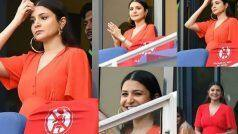 रेड ड्रेस में विराटको चीयरकरते हुए अनुष्का शर्मा ने फ्लॉन्ट किया बेबी बंप, PHOTOS VIRAL