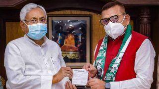 Bihar Elections: JDU ने नहीं दिया गुप्तेश्वर पांडे को टिकट, सोशल मीडिया पर मीम्स की बाढ़, लोग बोले- गजब बेइज्जती है यार...