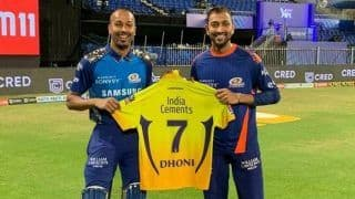 Is MS Dhoni Retiring After IPL 2020? Twitterverse Speculates After CSK Captain Gifts Match Jerseys to Buttler And Pandya Brothers