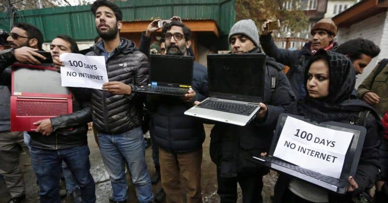 J&K Govt Extends Ban on High-Speed Internet Services Except in Two Districts
