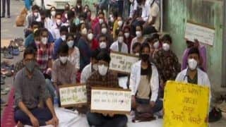 Resident Doctors of NDMC Medical College and Hindu Rao Hospital Go On Indefinite Hunger Strike Over Salary Issues