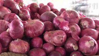 Onion Price Hike: फिर से रूलाने लगी हैं प्याज की कीमतें, 15 दिनों में दो से तीन गुना बढ़ गए हैं दाम