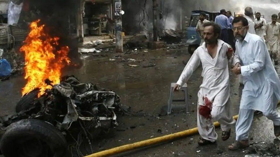 Peshawar Bomb Blast Kills 8 Students