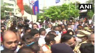 महाराष्ट्र में BJP ने सिद्धिविनायक और शिरडी मंदिर के बाहर किया प्रदर्शन, सभी मंदिरों को फिर से खोलने की मांग