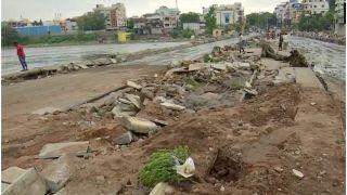 तेलंगाना में बाढ़ से तबाही, अब तक 50 की मौत, 5 हज़ार करोड़ का नुकसान