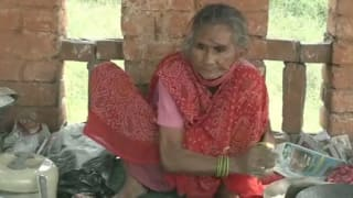 The Internet Helped 'Baba ka Dhaba' & Now 'Rotiwali Amma' From Agra Awaits Similar Support; Make it Happen!