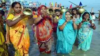 Chhath Puja 2020: UP Govt Issues Advisory, Urges Devotees to Perform Rituals at Their Homes
