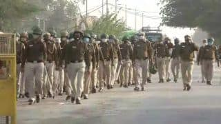 Traffic Snarls at Border Crossings as Delhi Police Intensify Checking Amid Farmers' Protest March
