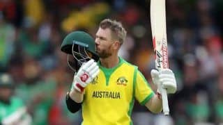 भारत vs ऑस्ट्रेलिया: धाकड़ डेविड वॉर्नर वनडे-T20i सीरीज से बाहर, टेस्ट सीरीज में भी खेलना मुश्किल