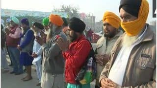 Guru Nanak Jayanti 2020: Protesting Farmers Offer Prayers At Singhu Border, Check PICTURES Here
