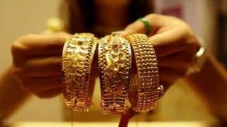 Gold Price Today: Yellow Metal Falls to Lowest in Month, Silver Remains Stable | Check Rates in Your City