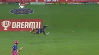 IPL 2020, KKR vs RR: Dinesh Karthik Redeems Himself, Takes a One-Handed Catch For The Ages to Send Ben Stokes Packing in Dubai | WATCH VIDEO