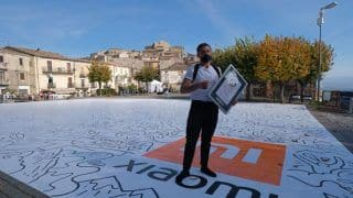Italian Doodle Artist Sets New World Record With 6,119-square-foot Drawing