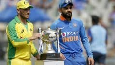 India Vs Australia 1st ODI Live Cricket Score: भारत को पहली सफलता, शमी के खिलाफ कैच आउट हुए वार्नर