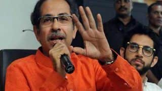 Maharashtra Govt Diwali SOP: उद्धव सरकार ने दिवाली के लिए जारी की गाइडलाइन, नहीं खुलेंगे मंदिर, घर पर ही करनी होगी पूजा