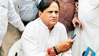 Ahmed Patel Passes Away: 'Lost an Irreplaceable Comrade,' Says Sonia Gandhi, Tributes Pour in From Political Circle