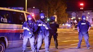 Vienna Terror Attack: फ्रांस के बाद वियना में आतंकी हमला, 7 लोगों की मौत, इमैनुएल मैक्रों बोले- हम झुकेंगे नहीं