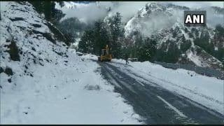 Avalanche Hits Army Post in J&K's Kupwara, One killed