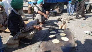 Farmers Offered Langar at Protest Site in Delhi's Nirankari Ground