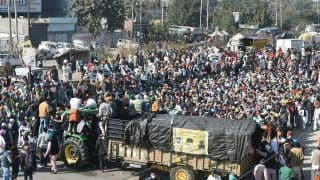 Farmer Protests Set For Long Haul at Delhi Borders, Refuse to Move From Burari Ground | 10 Points