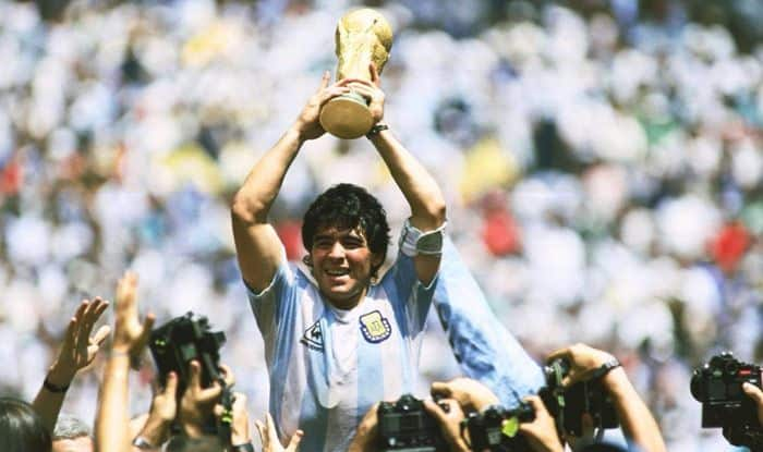 RIP Legend' - Football World in Mourning After The Death of Argentine Icon  Diego Maradona | Football News