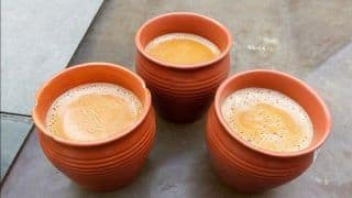 Soon, Eco-Friendly 'Kulhads' to Replace Plastic Tea Cups at All Indian Railway Stations