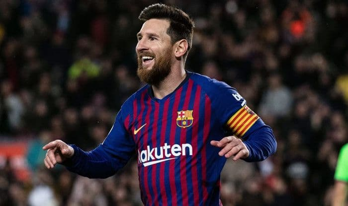 barcelona vs dynamo kyiv lionel messi scores as blaugrana move closer to champions league last 16 football news barcelona vs dynamo kyiv lionel messi