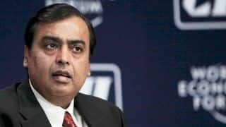 Mukesh Ambani's $3.4 Billion Deal With Future Group Stalled After Supreme Court Agrees to Hear Amazon Plea